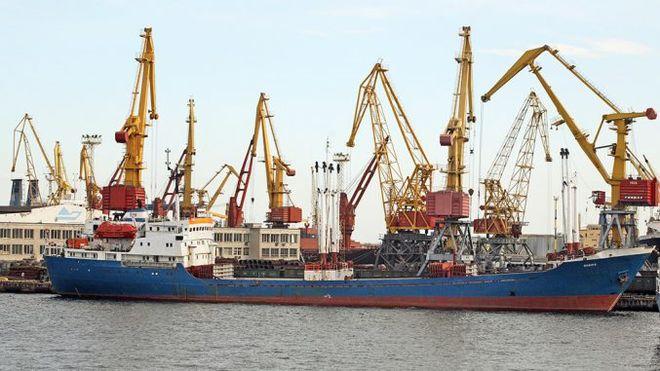 Украинские морпорты увеличивают перевалку зерна