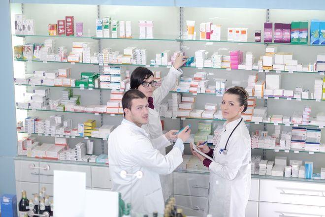 В Украине бесплатные лекарства уже можно получить в 4000 аптек