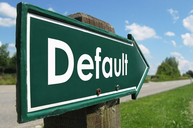 Угроза дефолта: накапливаемой Украиной валюты не хватит на выплаты по долгам
