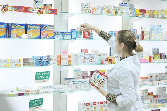 """В Украине не хватает """"доступных"""" лекарств"""