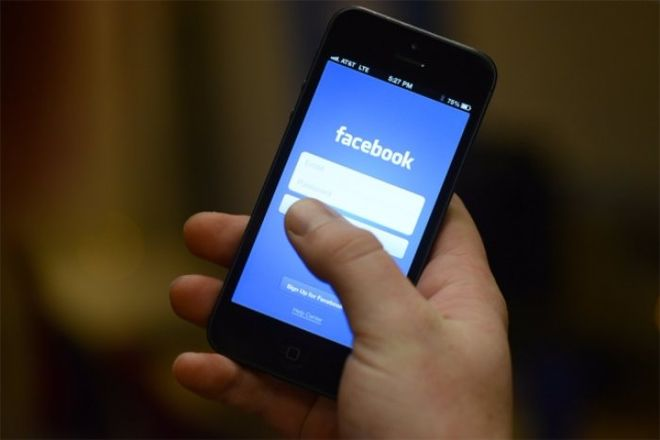 Под угрозой запрета в Украине оказались Facebook и YouTube