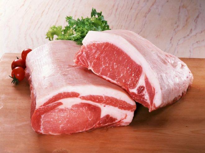 В Украине снова дорожает свинина