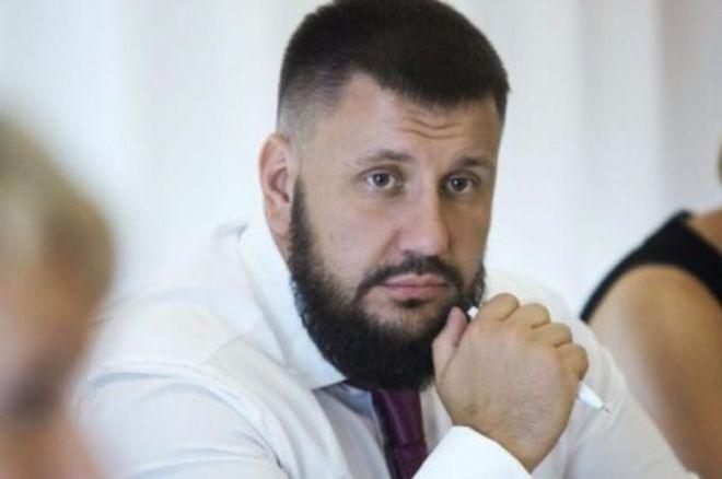 Клименко объяснил, почему продажа земли «от Гройсмана» выписана «под своих»