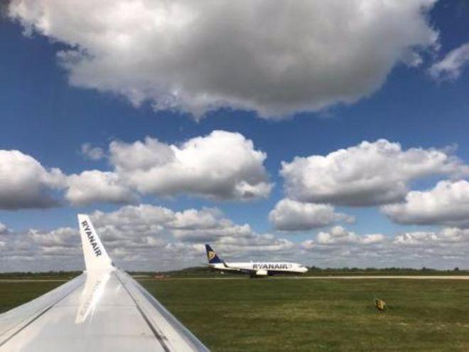 Ryanair показал рекордную прибыль и пообещал снизить цены