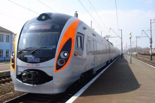 Польская железнодорожная компания откроет удобную стыковку для поезда Киев-Перемышль