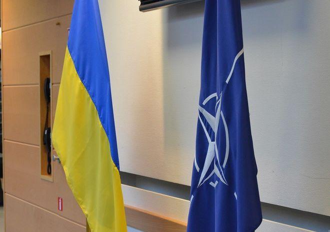Нардепы определили курс Украины на членство в НАТО как одну из основ внешней политики
