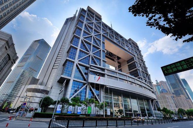 Астанинская фондовая биржа отдаст долю акций Шанхаю