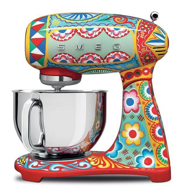 Dolce & Gabbana выпустит линию кухонных приборов с сицилийскими мотивами