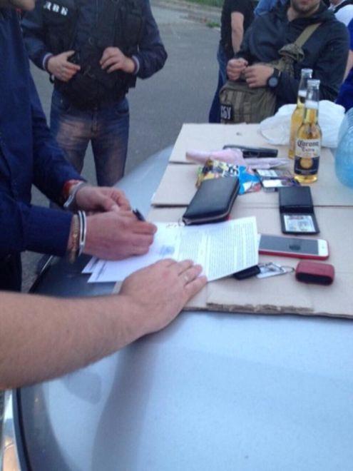 В Киеве полицейский погорел на крупной взятке