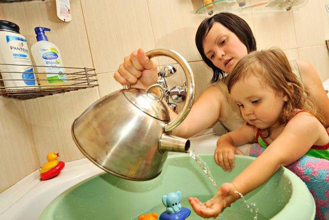 Еще один район Киева остался без горячей воды