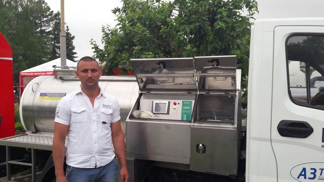 В Украине создали первый в мире молочный комбайн