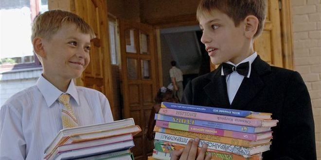 Школьные учебники в Украине загонят в интернет