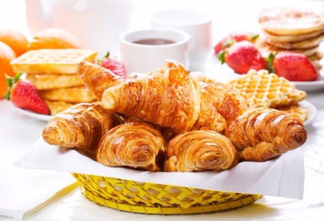 Резкое подорожание сливочного масла ударит по ценам французских круассанов