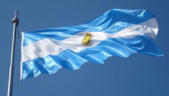 В долг на 100 лет: Аргентина готовит выпуск долларовых бондов
