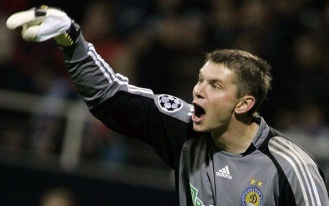 Бывший вратарь Динамо перешел в футбольный клуб из села