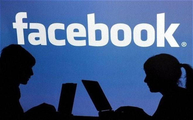 Украинцы массово регистрируются в Facebook