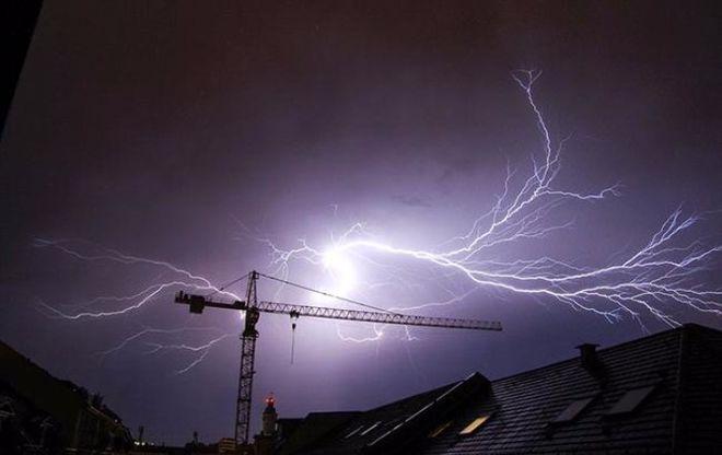 Непогода оставила без света 86 населенных пунктов, есть погибший
