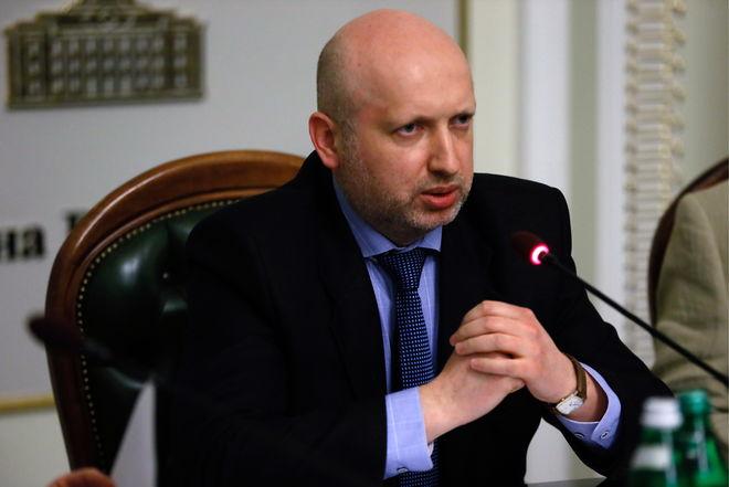 Турчинов рассказал, какие госучреждения не пострадали от кибератак
