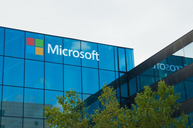Microsoft в ближайшие дни объявит о реорганизации бизнеса и уволит тысячи сотрудников