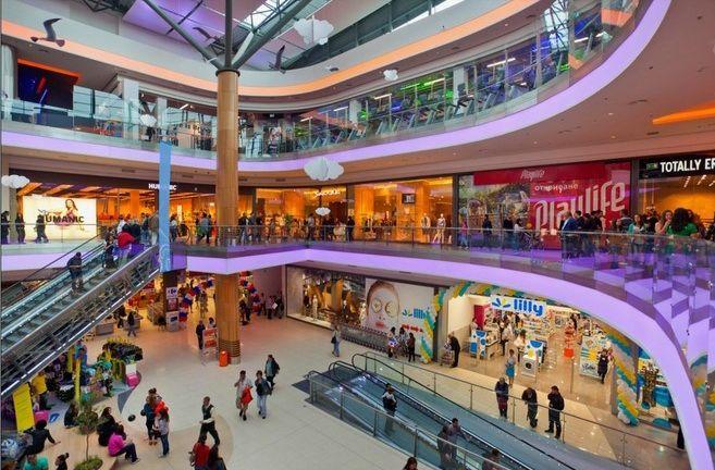 Киевляне стали активно посещать торговые центры