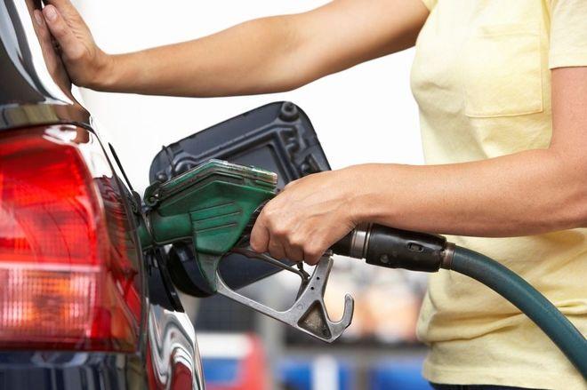 Где дешевый бензин: АЗС не спешат переписывать ценники
