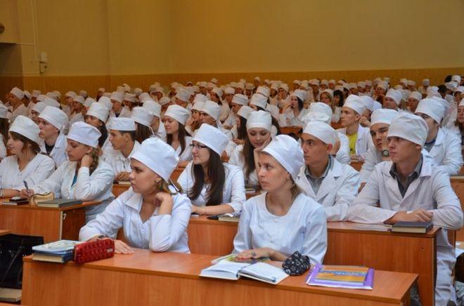 Украинские врачи-интерны с треском провалили международный тест
