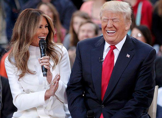Первая леди США пыталась прервать встречу Путина и Трампа