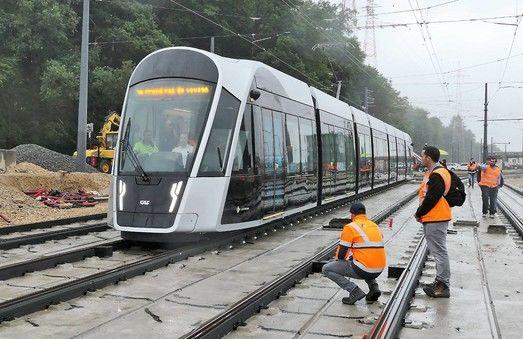 В Люксембурге начали испытывать трамвай без проводов