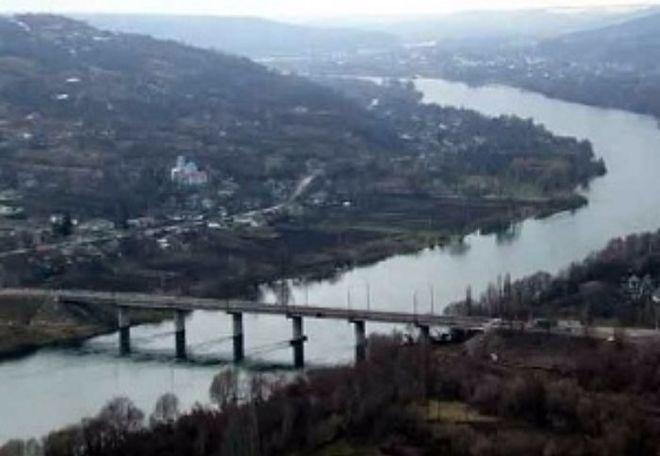 Порошенко сообщил об открытии моста через молдавско-украинскую границу