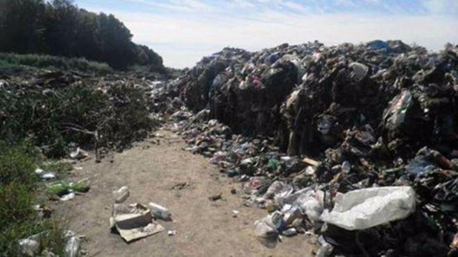 В Киевской области выгрузили крупную партию львовского мусора