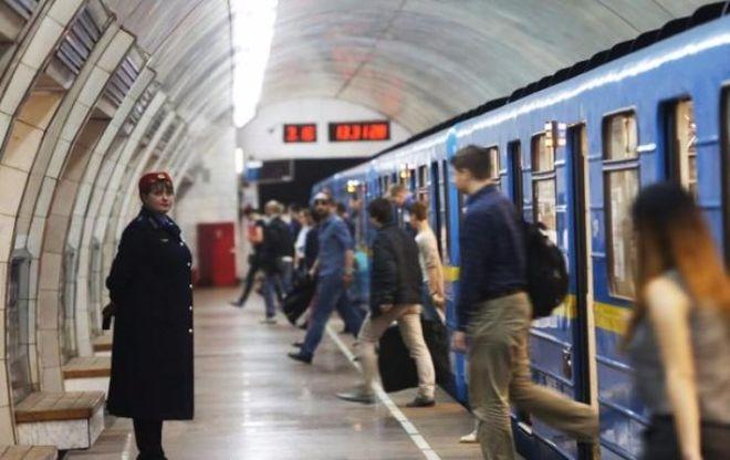 Завтра могут ограничить работу киевского метро из-за концерта Depeche Mode