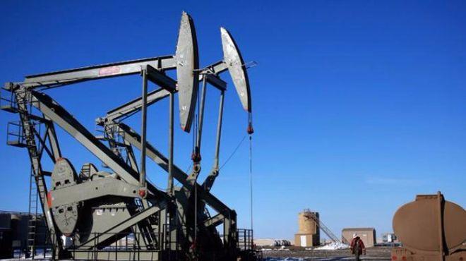 Нефть Brent снова пытается преодолеть рубеж в $50 за баррель