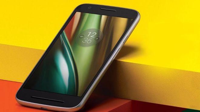 Motorola пополнит украинский рынок 10 новыми моделями
