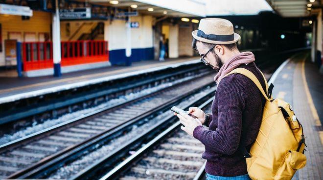 Владельцы iPhone теперь смогут покупать билеты на поезд через приложение «Укрзализныци»