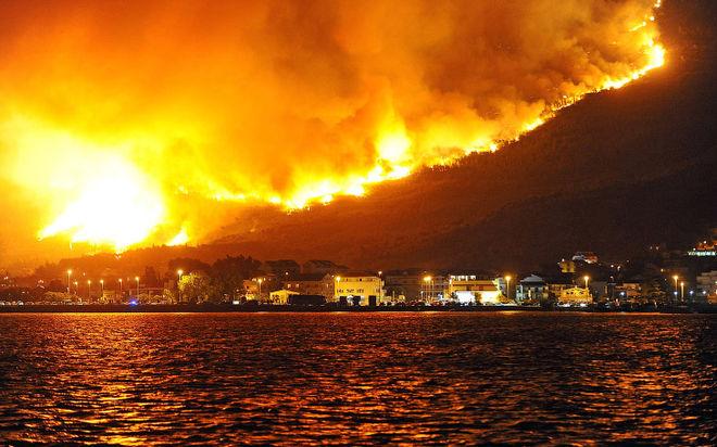 В Европе бушуют лесные пожары