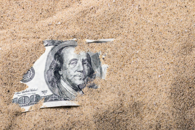 Что будет с курсом доллара осенью: 8 рисков для Украины