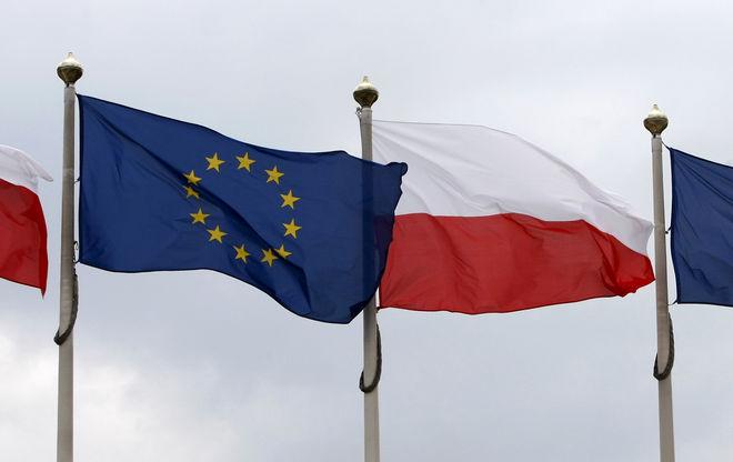 Евросоюз запустил санкционную процедуру против Польши