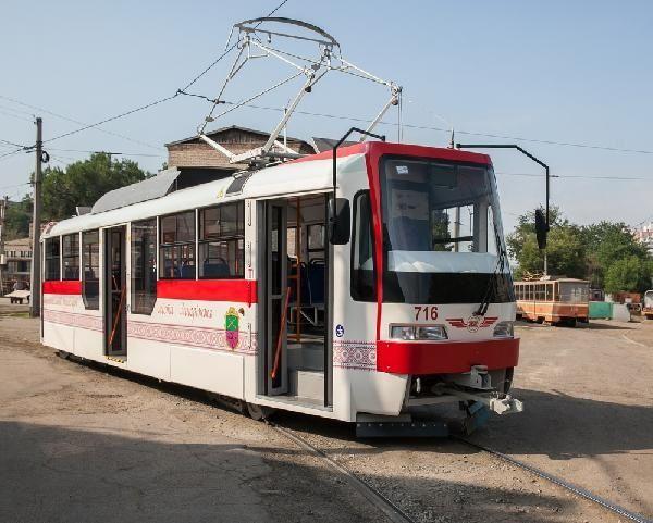 В Запорожье начали производить новые трамваи