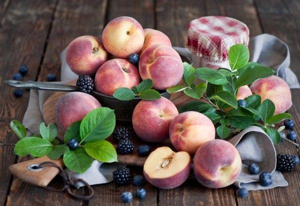 Названы самые дешевые фрукты и ягоды этого лета в Украине