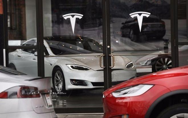 Tesla выпустит облигации на крупную сумму