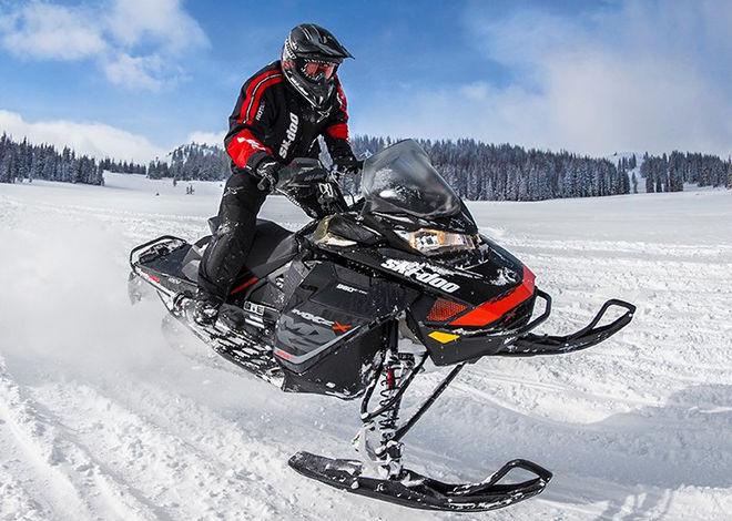 Украинские снегоходы пользуются огромным спросом в Канаде