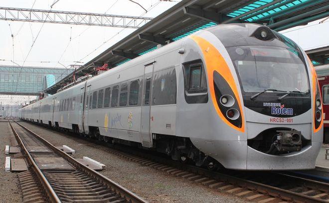 """В продажу поступили билеты на второй поезд """"Интерсити"""" в Польшу"""