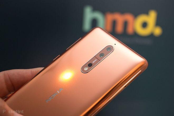 Nokia официально представила флагманский смартфон
