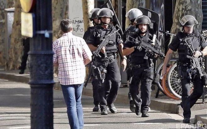 Исламисты взяли на себя ответственность за кровавый теракт в Барселоне