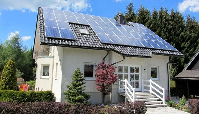В Украине стало в 4 раза больше частных домов с солнечными панелями