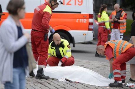В Финляндии неизвестные с ножами и битами напали на людей