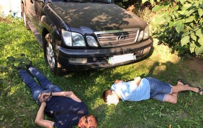 Правоохранители задержали угонщиков авто заместителя главы Нацполиции