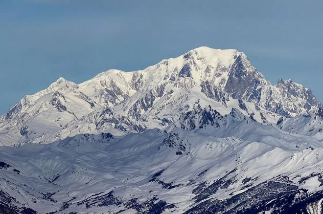 Во Франции на горе Монблан погиб украинский альпинист