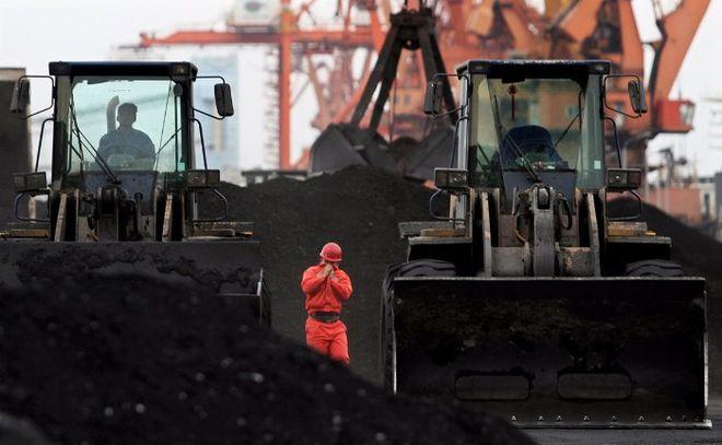 КНДР продолжает зарабатывать миллионы на экспорте угля в обход санкций