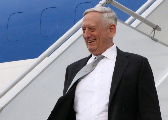 Глава Пентагона впервые за 10 лет приехал в Украину